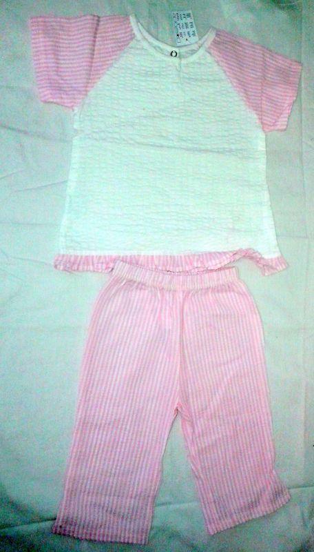 Krepový plátěný komplet triko kraťasy i pyžamo Queen