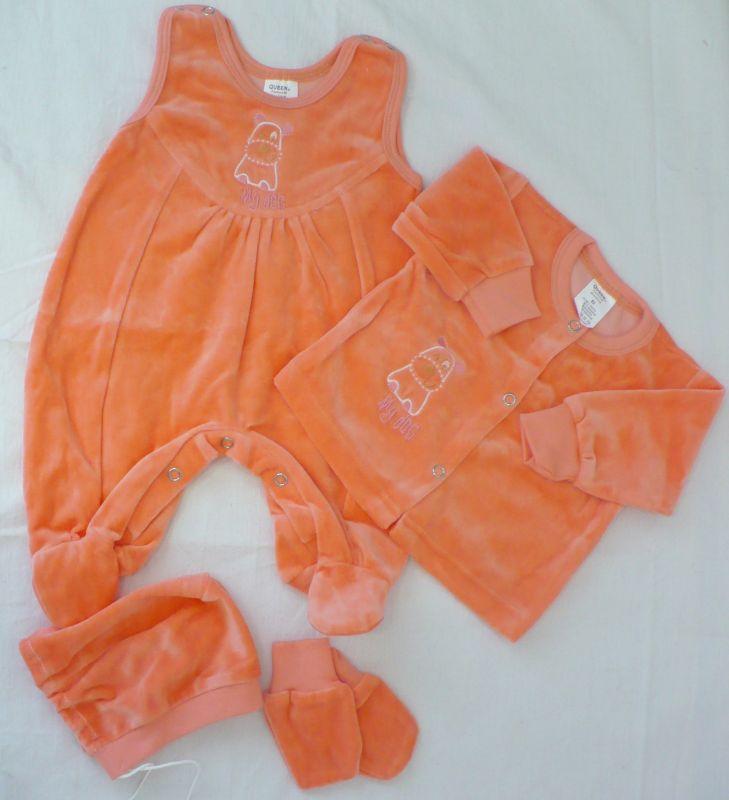 Novorozenecká sametová souprava; dupačky, čepička, kabátek a rukavičky 52 Queen